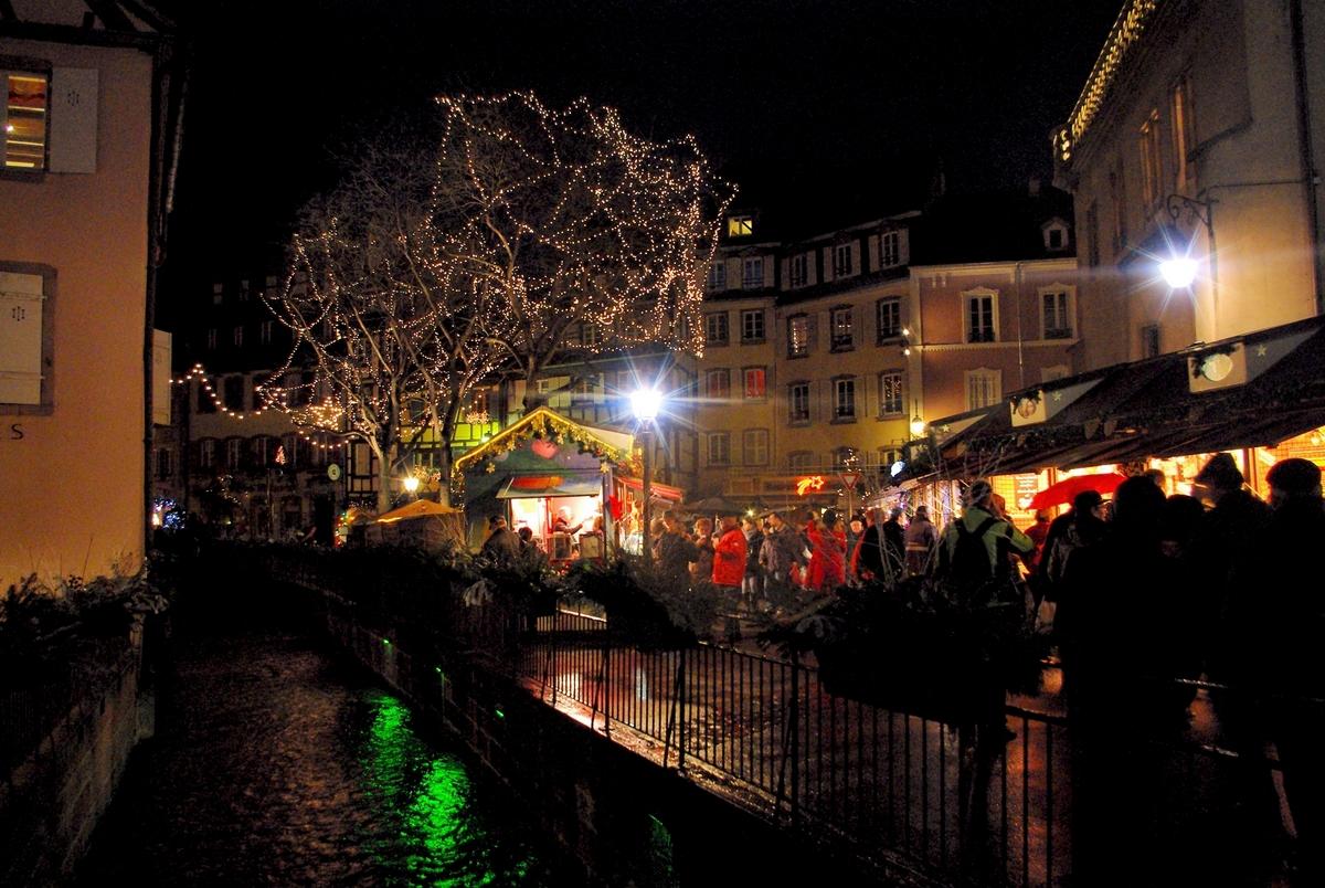 Colmar Christmas Market (Place de l'Ancienne Douane) © French Moments