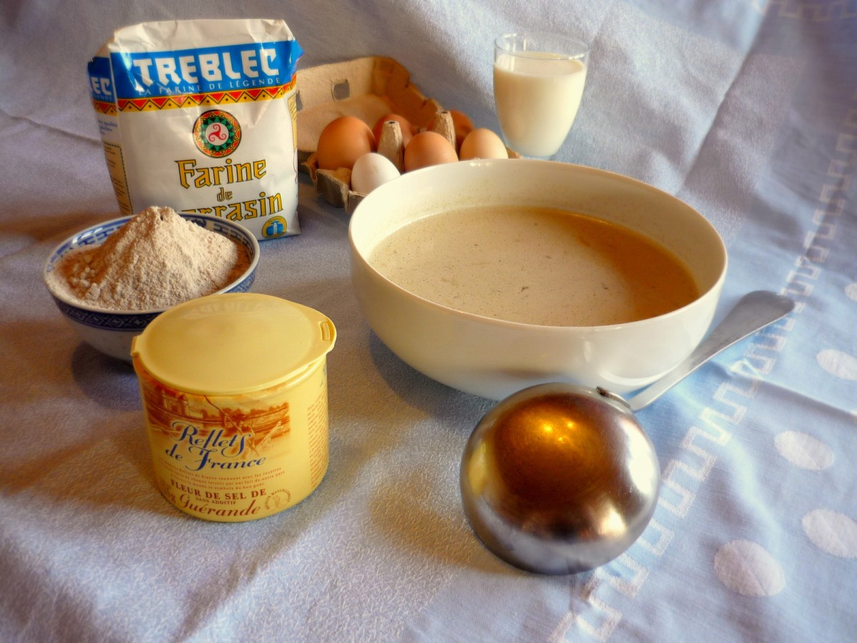 Ingredients for making crepes © French Moments