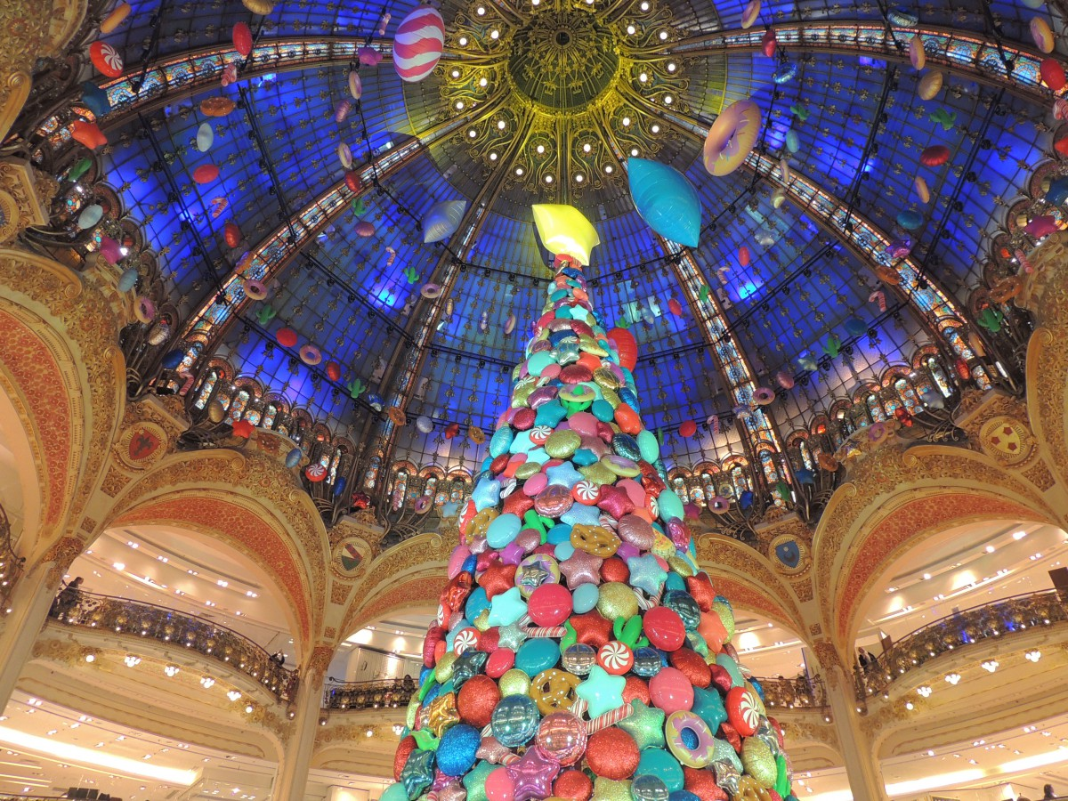 2017 Christmas tree of Galeries Lafayette © Sabrina Penniello