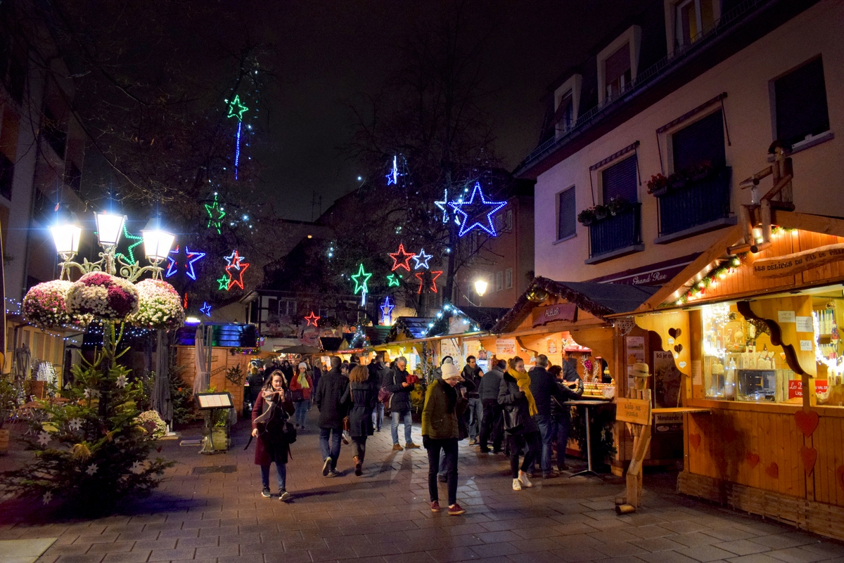 Strasbourg Christmas Market in place des Meuniers © French Moments