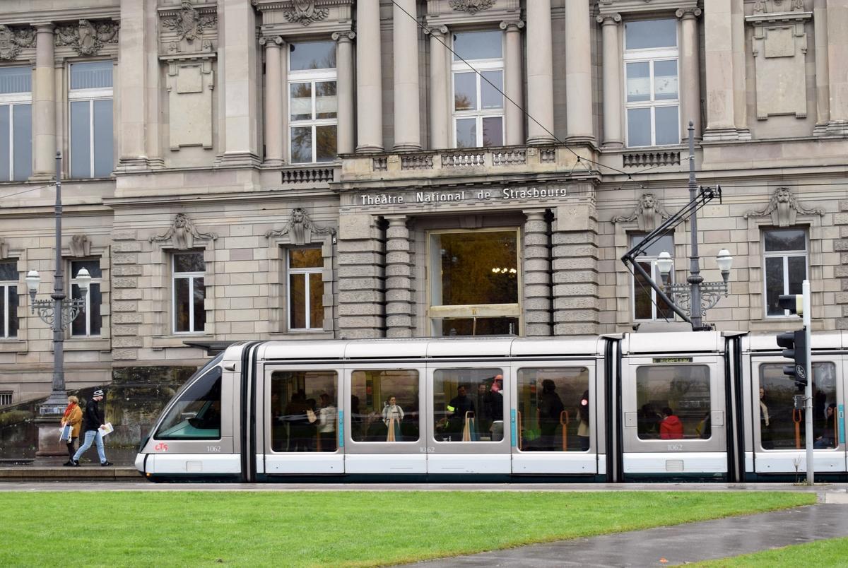 Strasbourg's tram at Place de la République © French Moments