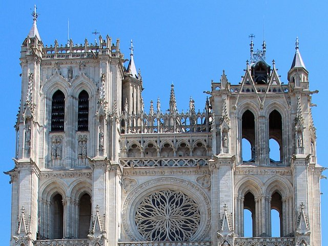 The towers of Amiens Cathedral © Jean-Pol Grandmont, Creative Commons (CC BY 3.0)