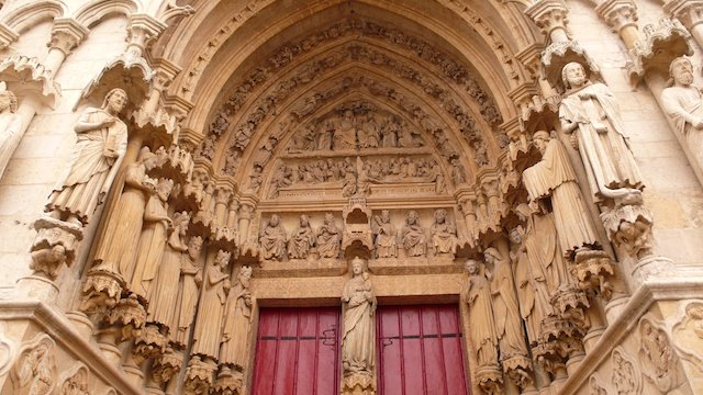 Portal of the Virgin © Welleschik, Creative Commons (CC BY-SA 3.0)