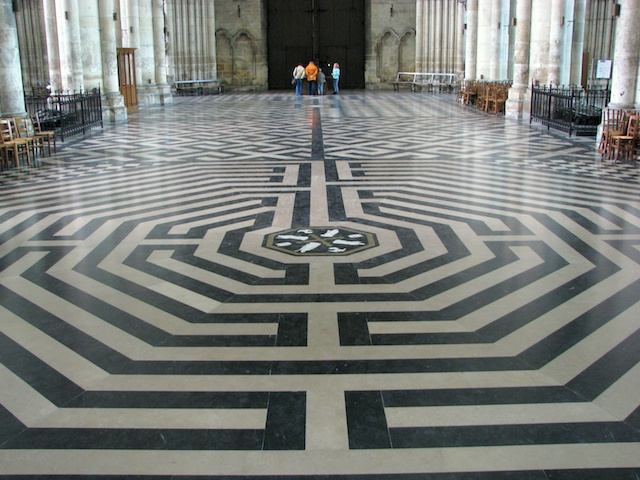 Labyrinth © Wi1234, licence [CC-BY-SA-3.0], from Wikimedia Commons.
