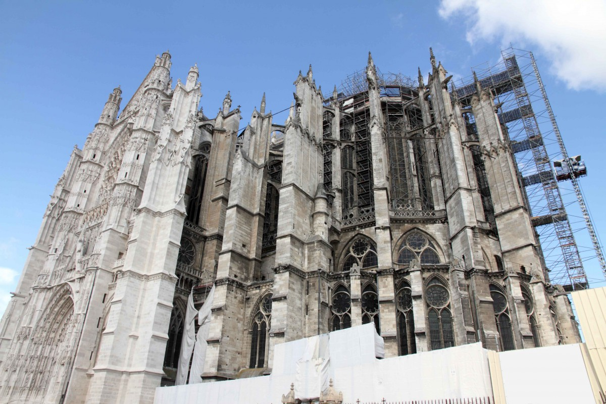 Work on Beauvais cathedral - Stock Photos from Ana del Castillo - Shutterstock