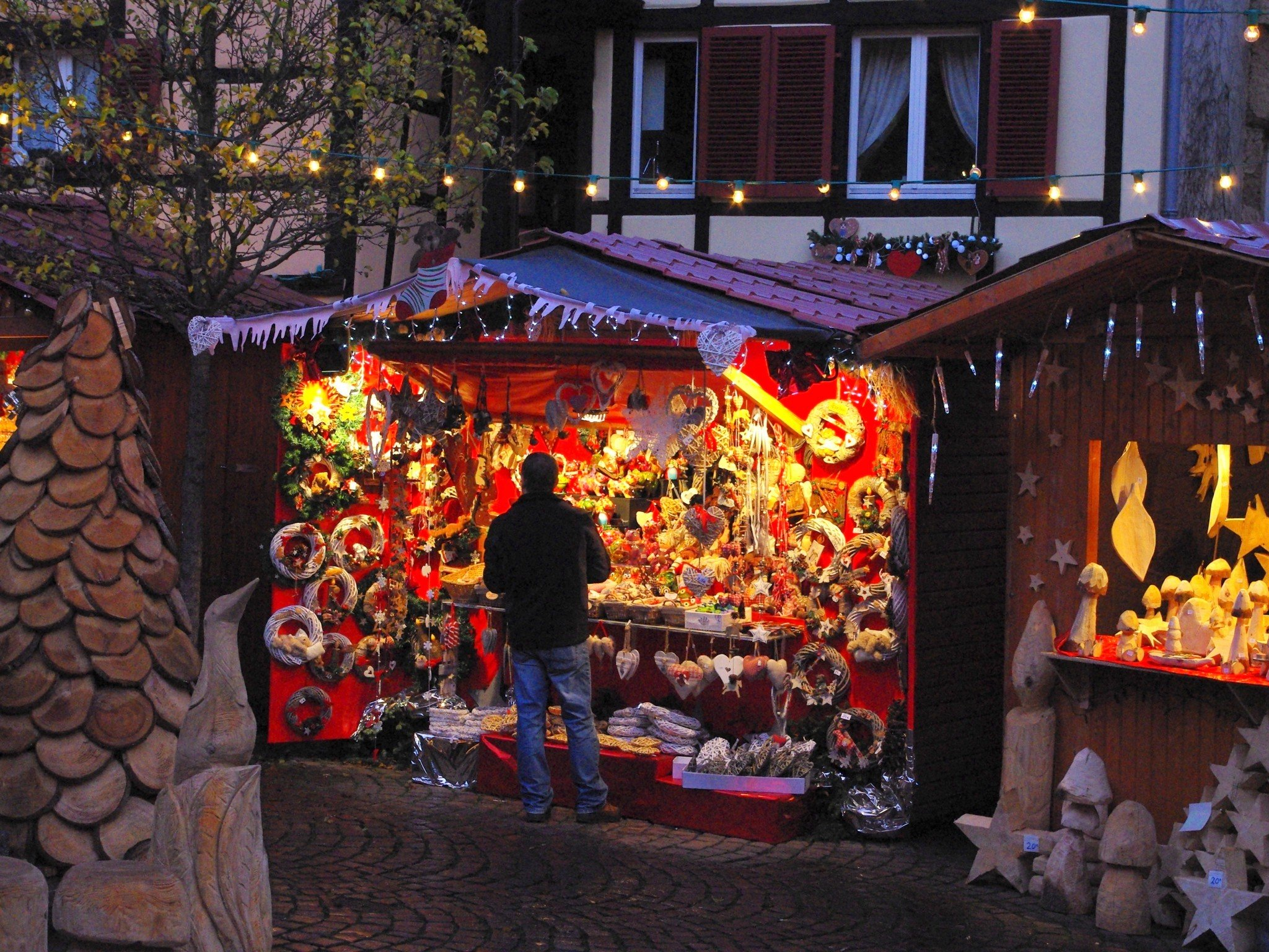 French Christmas Traditions: Eguisheim Christmas Market, Alsace © French Moments