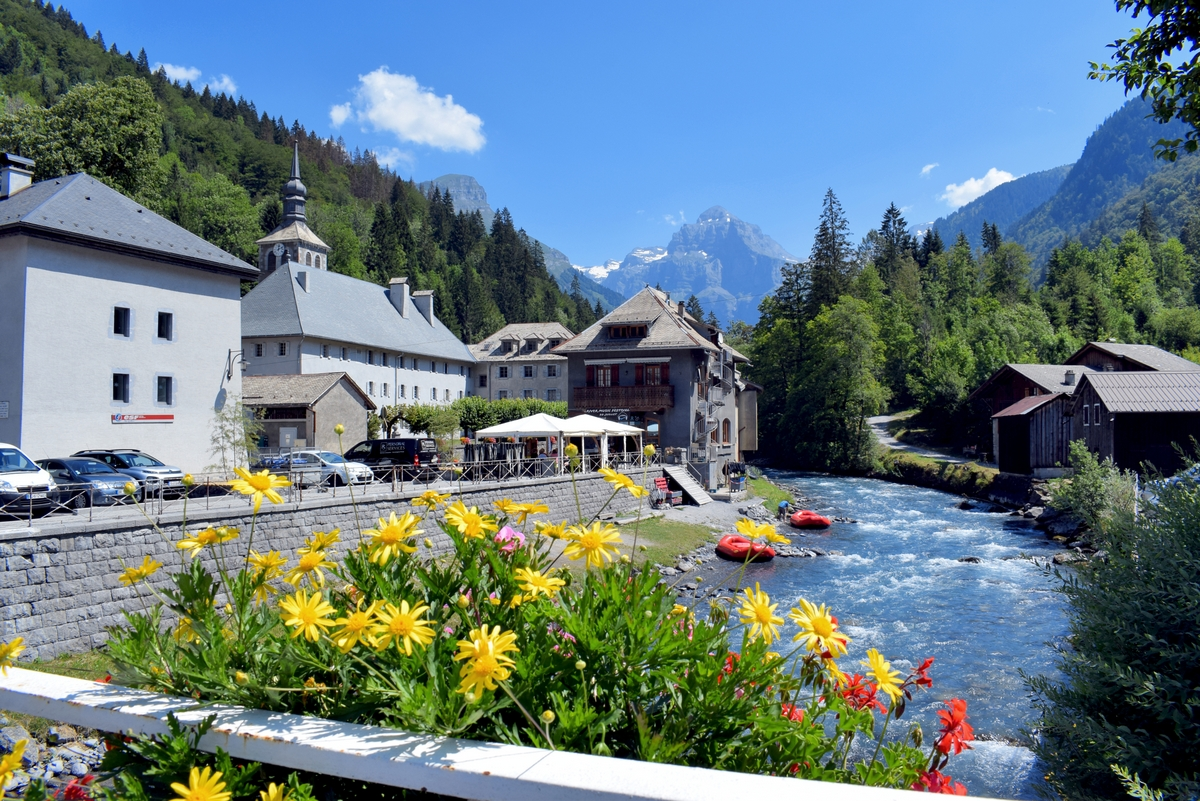 The village of Sixt Fer à Cheval in Haute-Savoie © French Moments