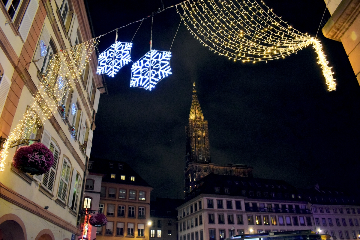 Upon arriving at place Gutenberg, Strasbourg © French Moments