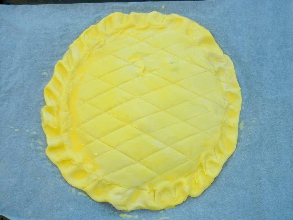 Preparing the Galette des Rois © French Moments