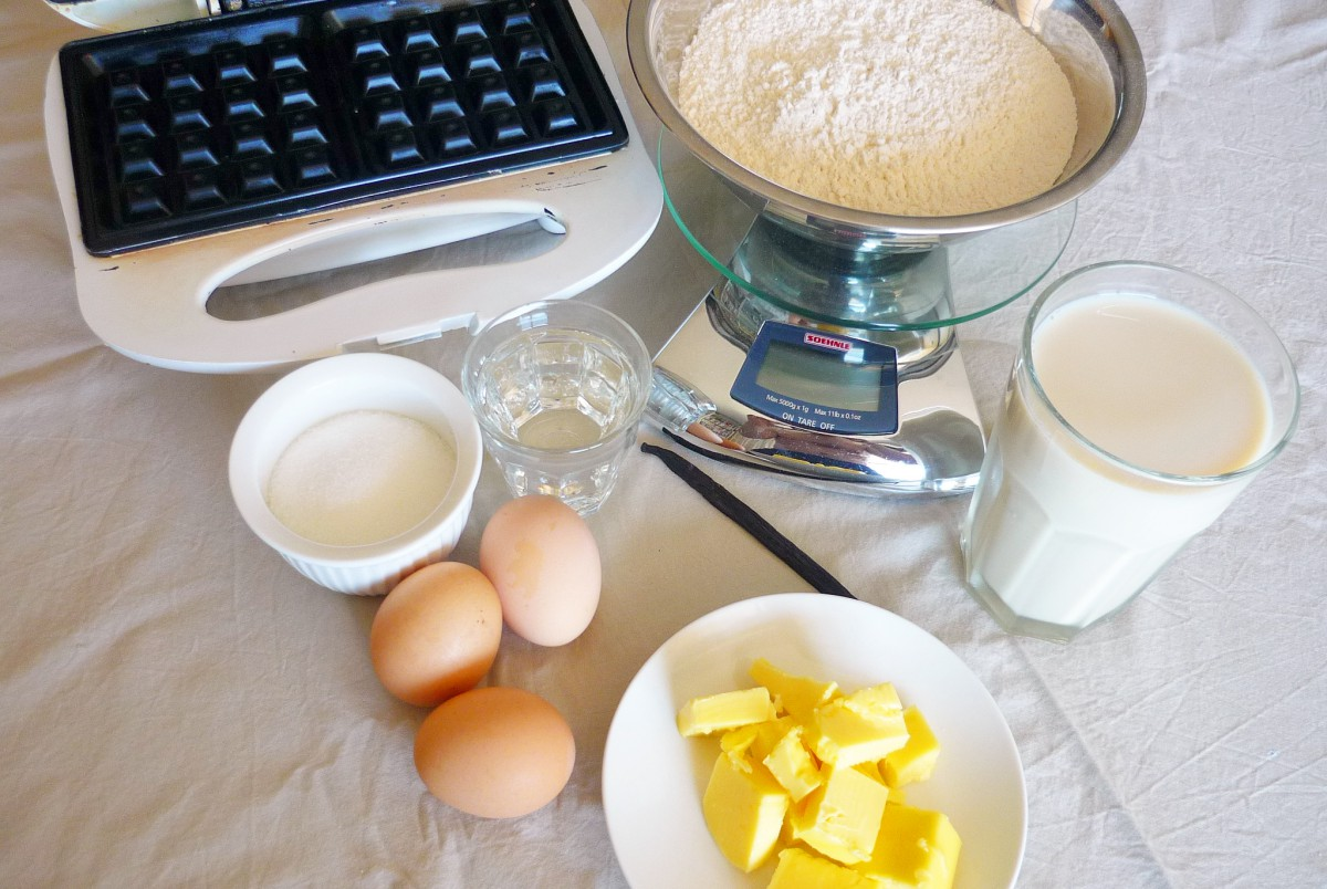 The ingredients for making waffles © French Moments