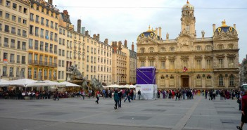Place des Terreaux in Lyon © French Moments