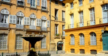 Aix-en-Provence © French Moments