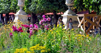 Parks and Gardens of Paris: Summer in the Tuileries © French Moments