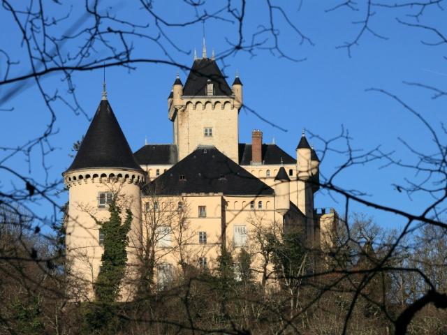 Château de Saint-Julien © Groumfy69, Creative Commons (CC0 1.0)