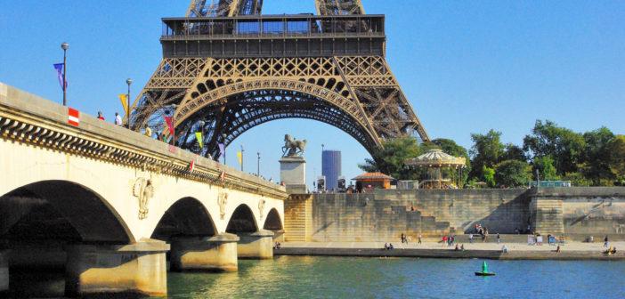 Pont d'Iéna, Paris © French Moments