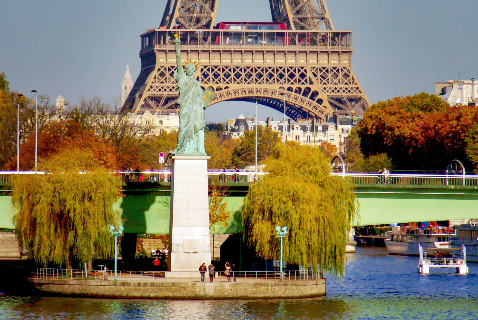 Statue of Liberty, Paris © French Moments