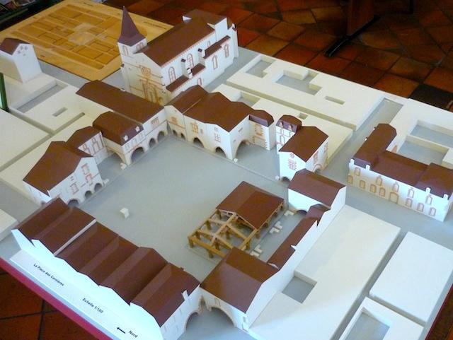 Model of Place des Cornières, in Monpazier's Tourist Office Centre © French Moments