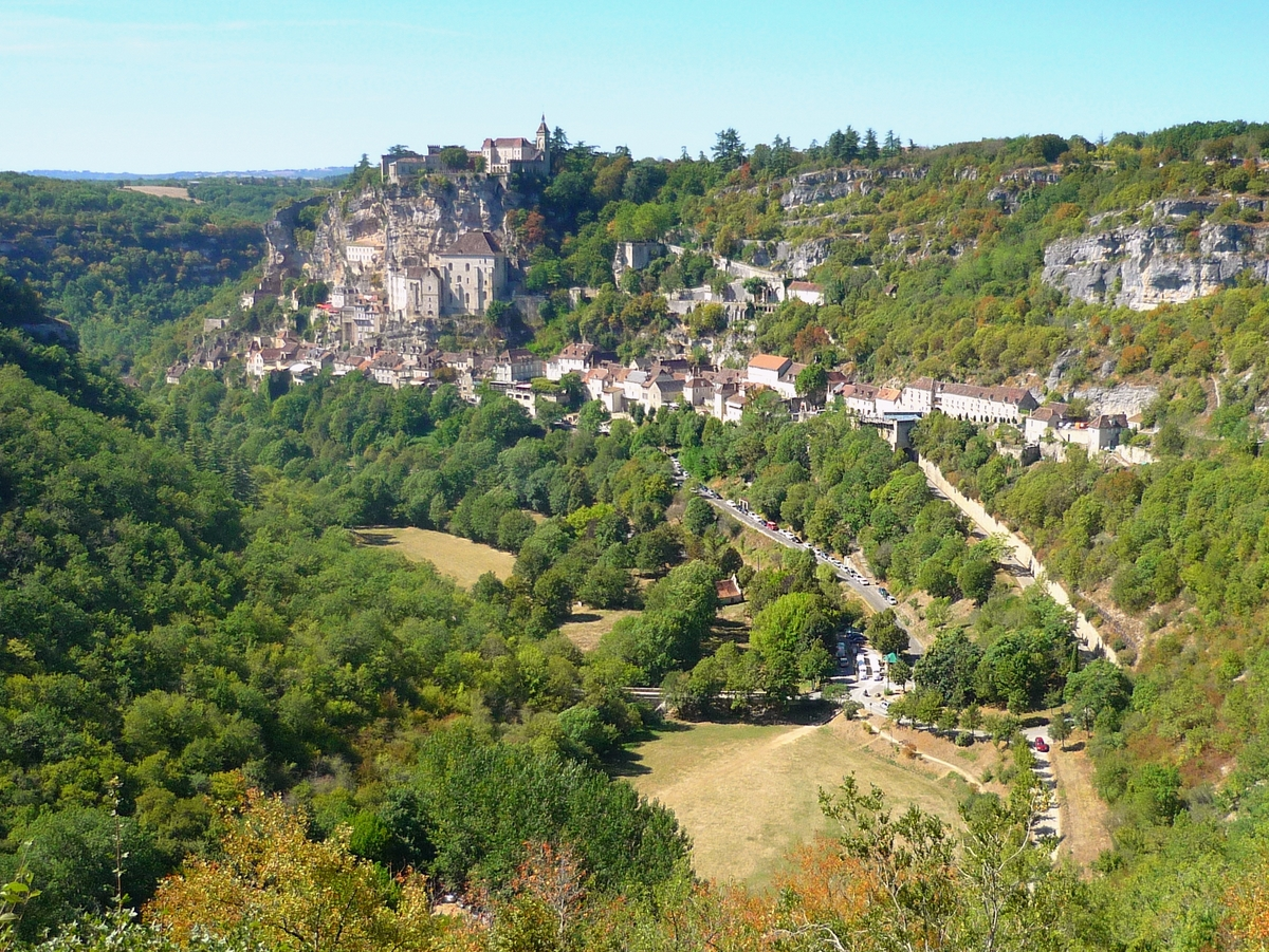 Rocamadour viewed from L'Hospitalet © French Moments
