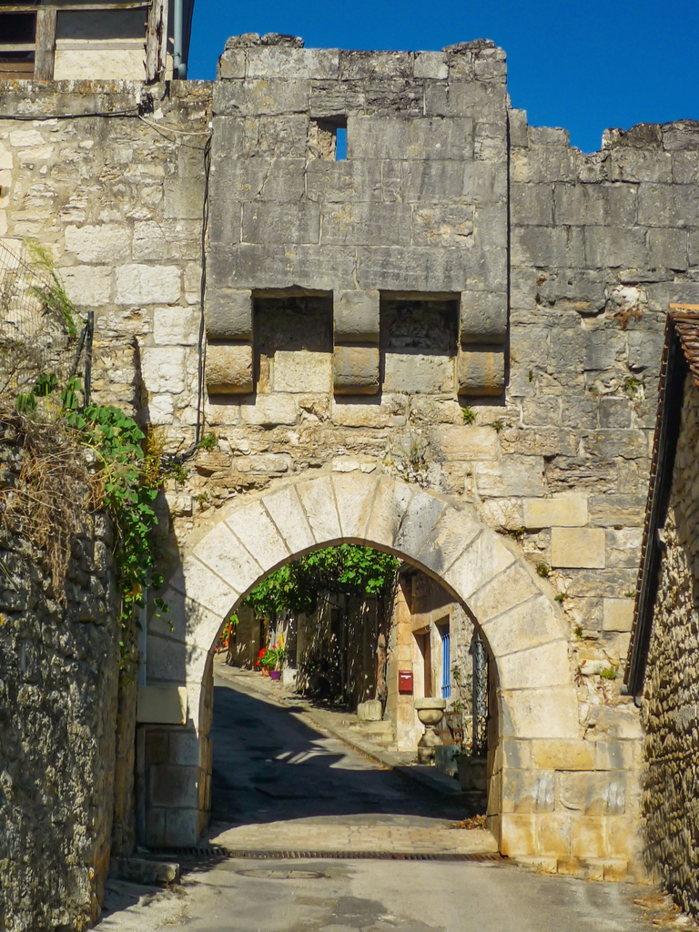 Lower Gate (Porte Basse), Rocamadour © French Moments