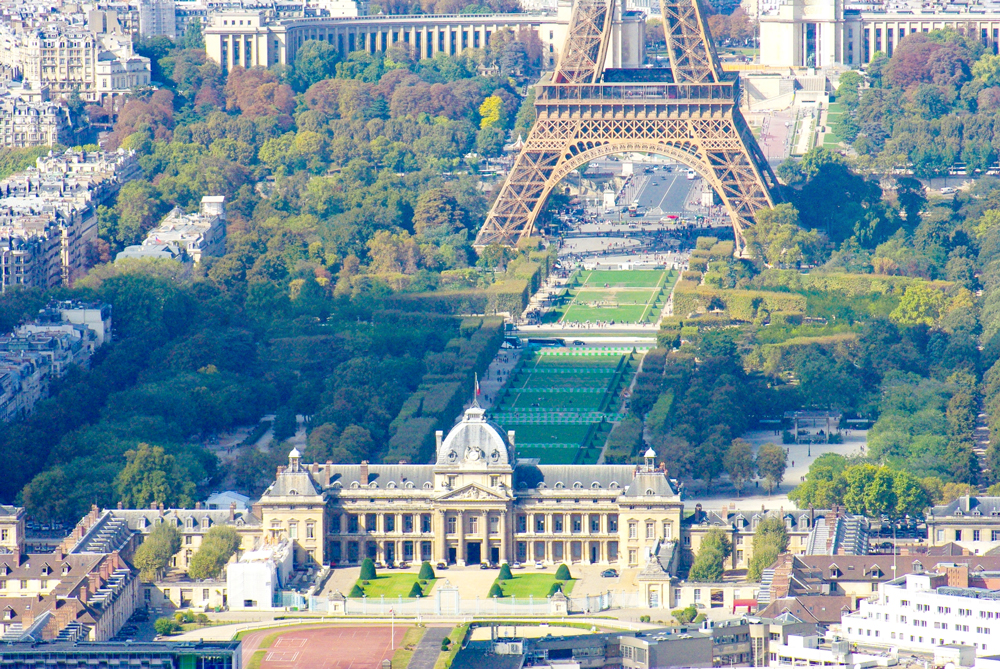 Ecole Militaire and Champ de Mars © French Moments