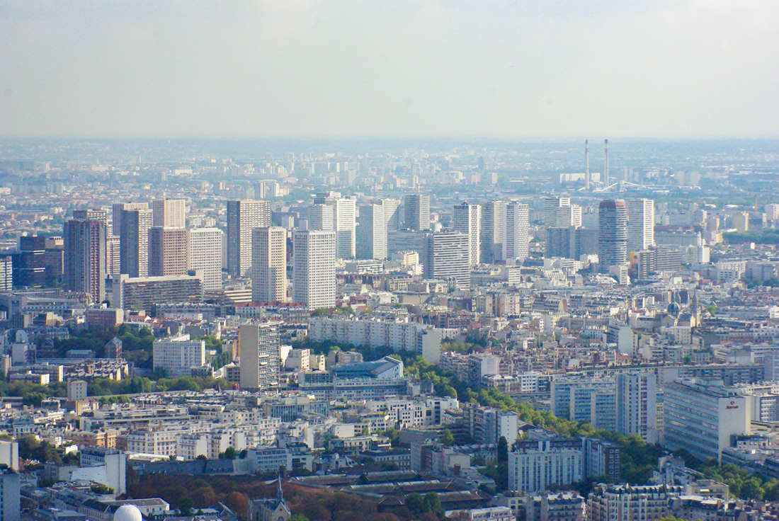 The high-rise blocks of the 13th arrondissement (quartier d'Italie) © French Moments