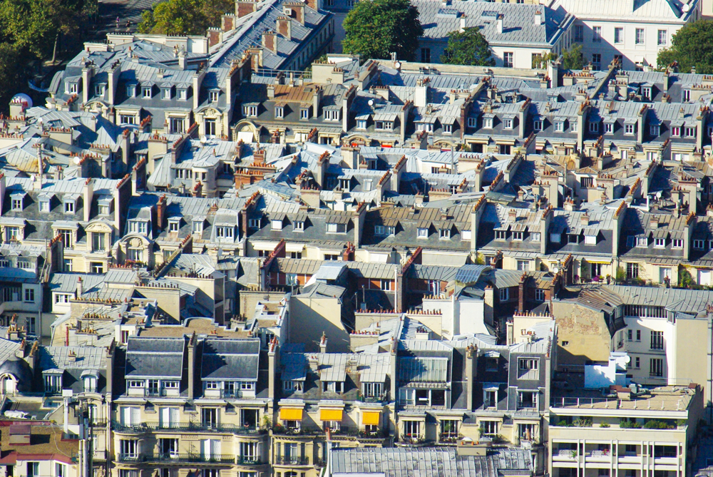 The roofs in the 7th arrondissement © French Moments