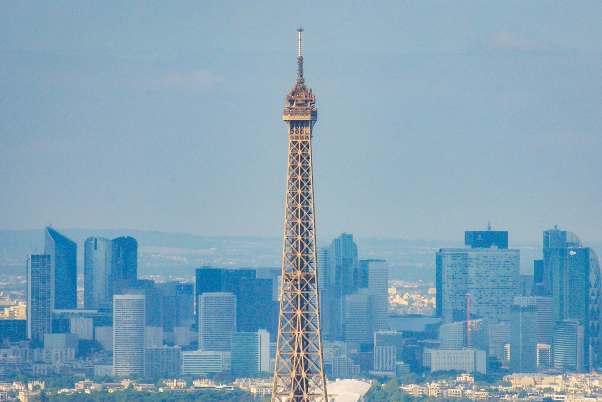 The top of the Eiffel Tower © French Moments
