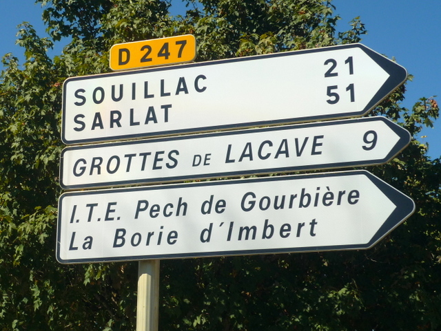 Direction to Souillac and Sarlat © French Moments