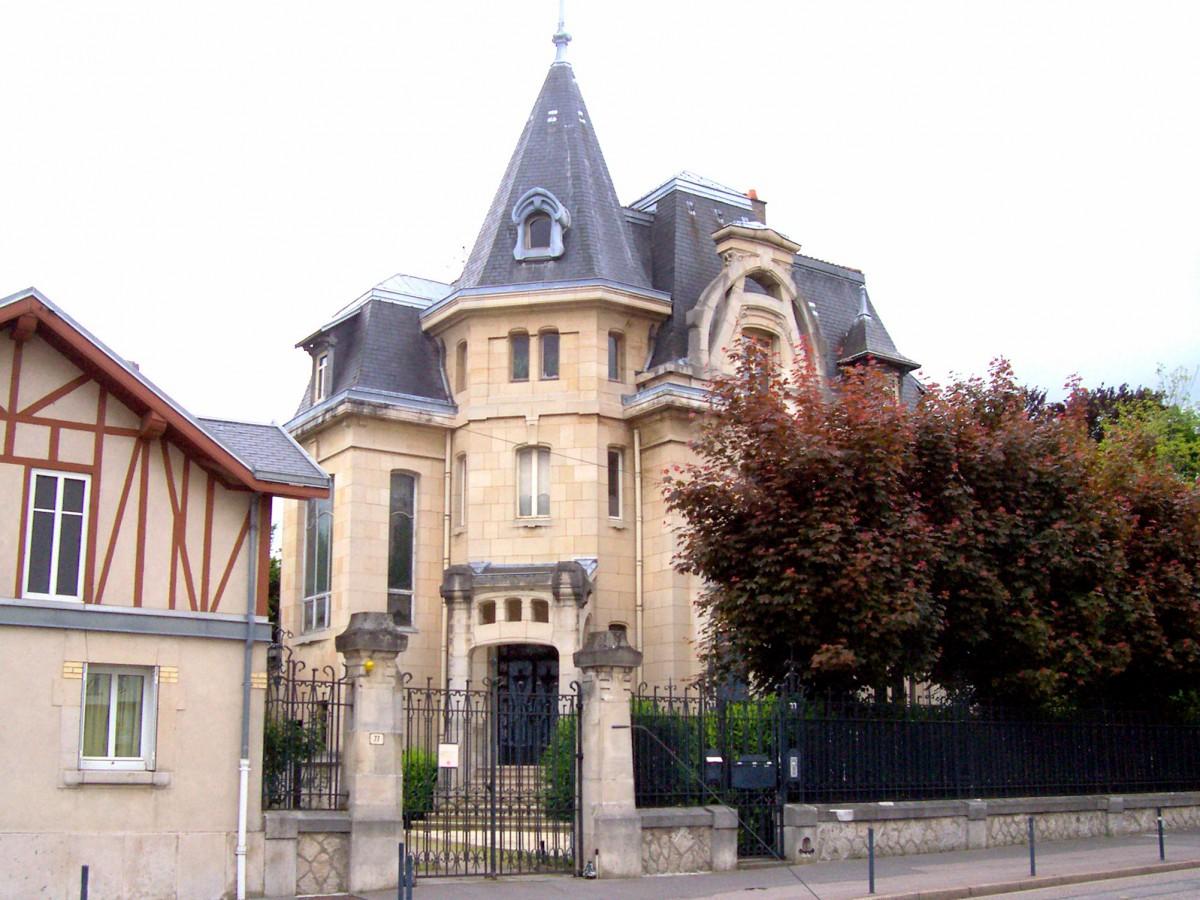 Villa Fruhinsholz, 77 Avenue du Général Leclerc © Michel Guernier - French Moments