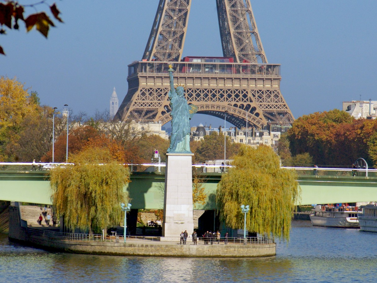Autumn in France - in Paris © French Moments
