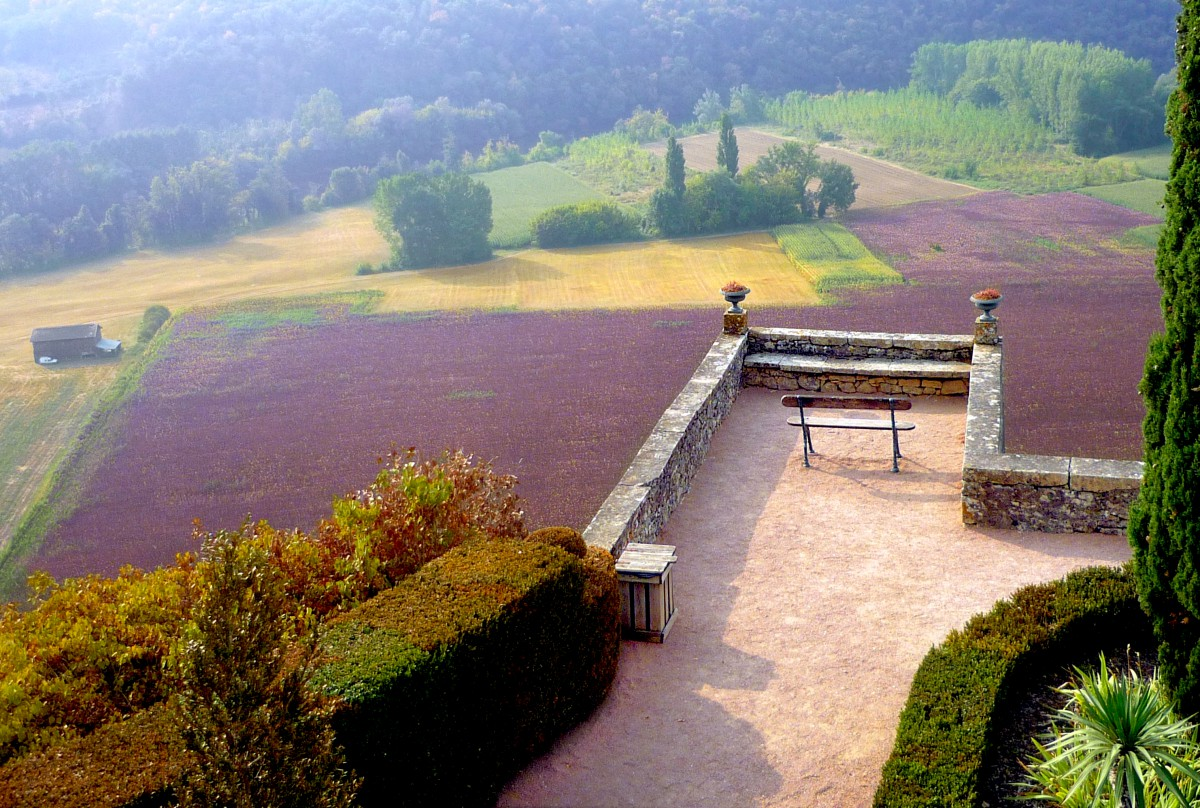 Marqueyssac Gardens in Autumn © French Moments