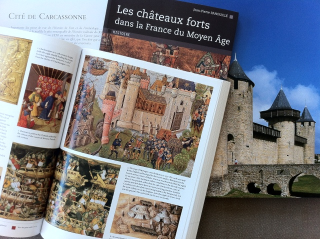 Books about medieval castles in France © French Moments