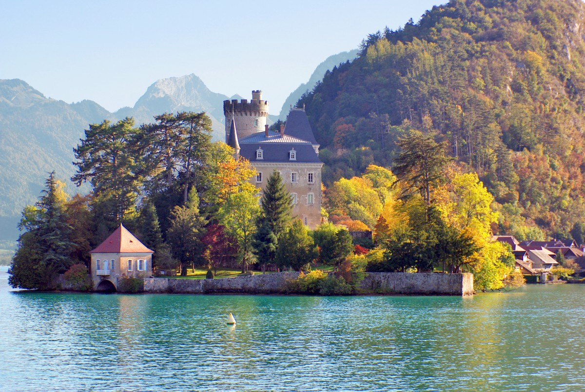 Autumn in France - in Duingt © French Moments
