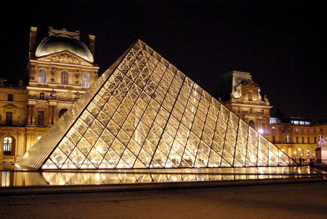 Louvre Night 14 © French Moments