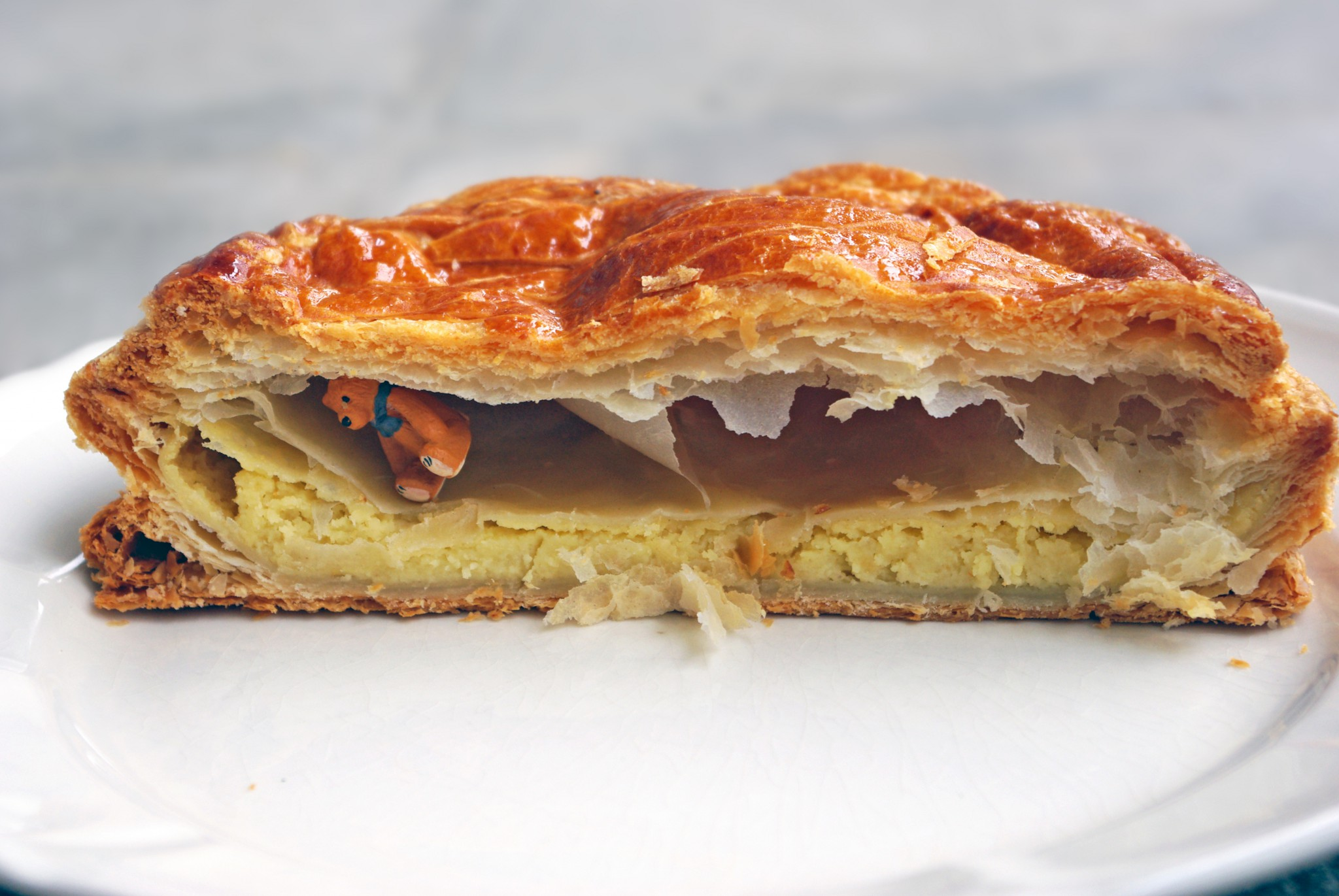 Today is epiphany in france french moments - Galette des rois image ...