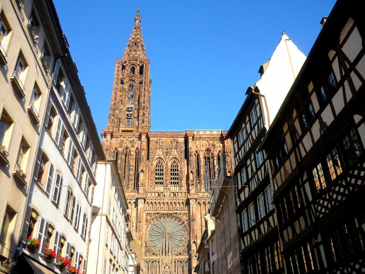 Things to see in Strasbourg: the cathedral © French Moments