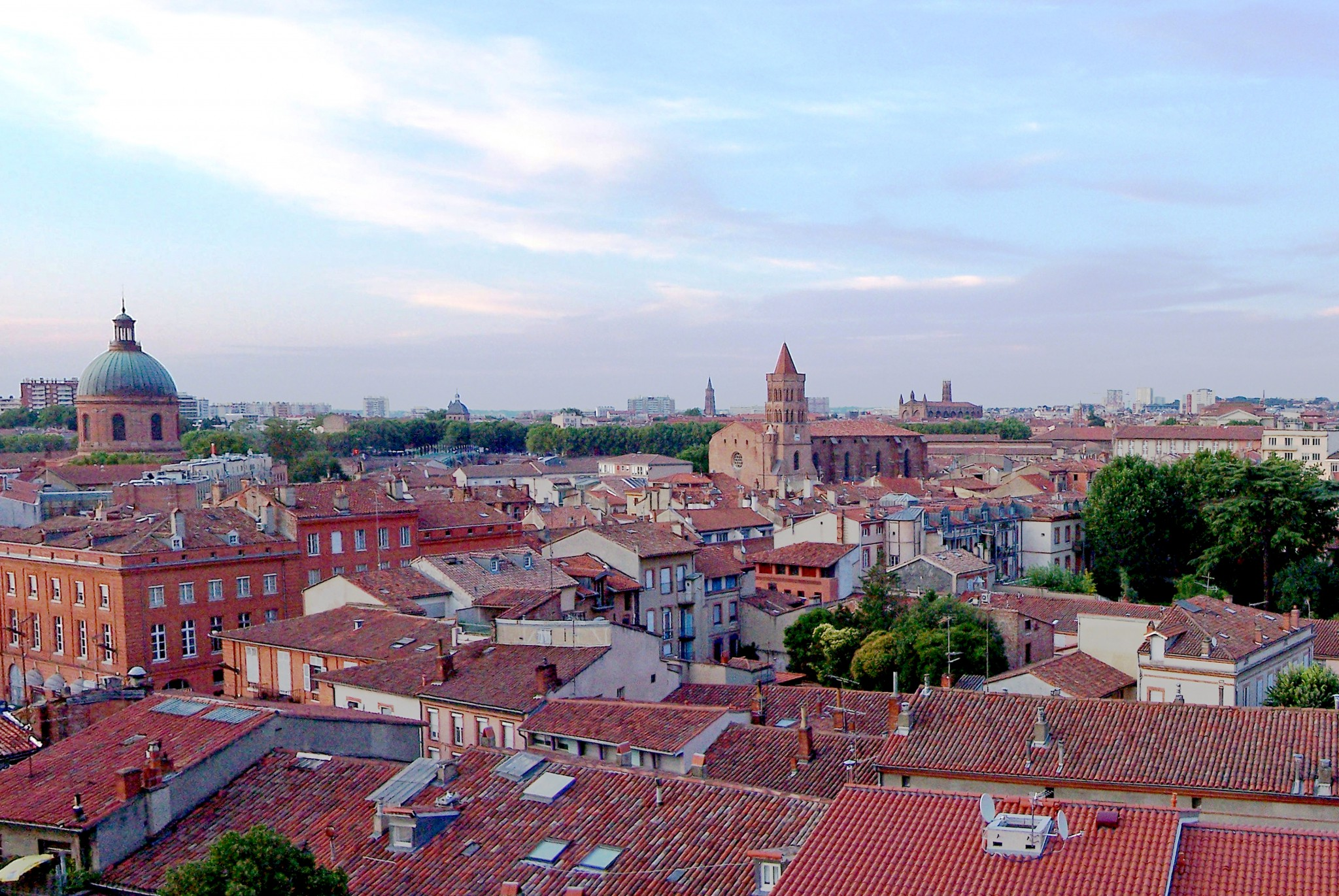 Largest cities of France - Toulouse Old Town © Ceridwen - licence [CC BY-SA 3