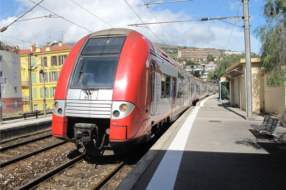 TER at Menton Railway Station [public domain]
