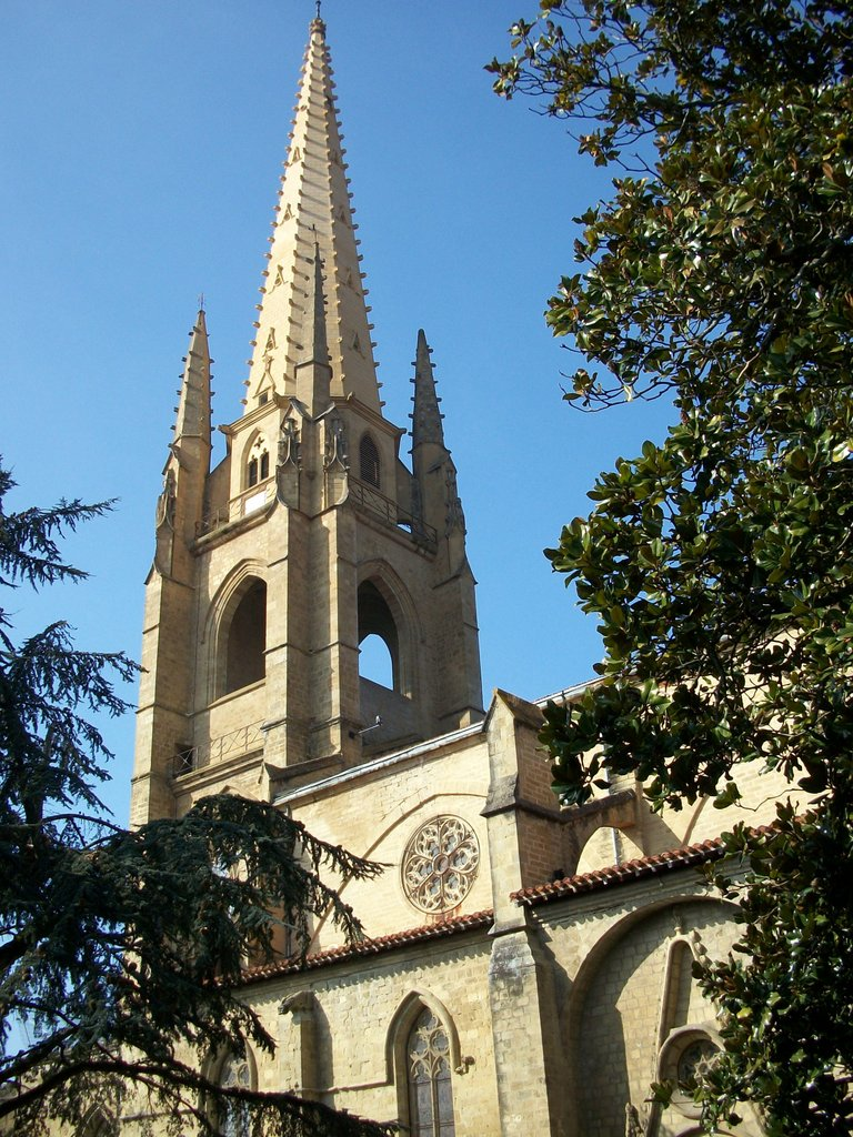 Marciac Steeple © Florent Pécassou - licence [CC BY-SA 3.0] from Wikimedia Commons