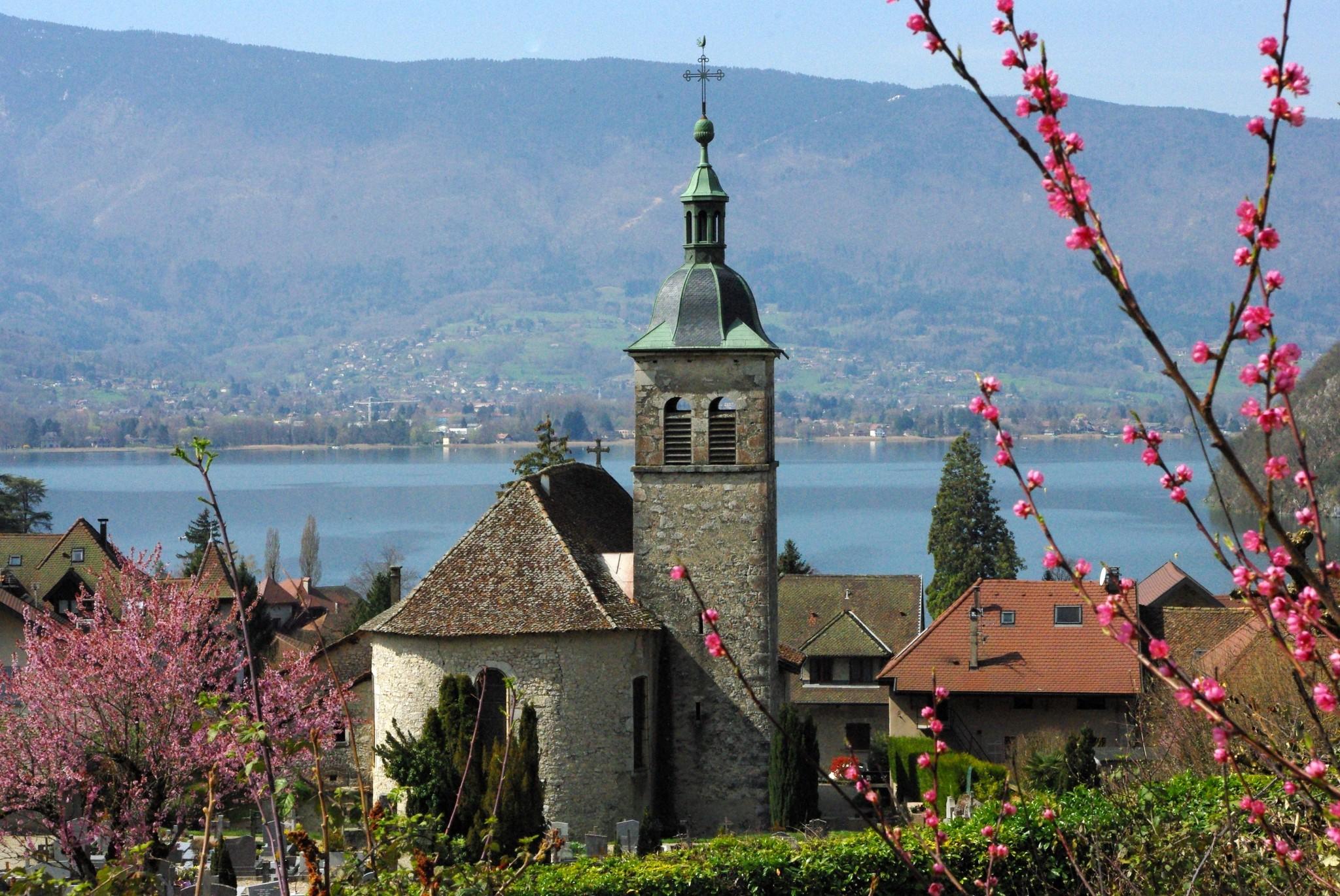 Villages around Lake Annecy