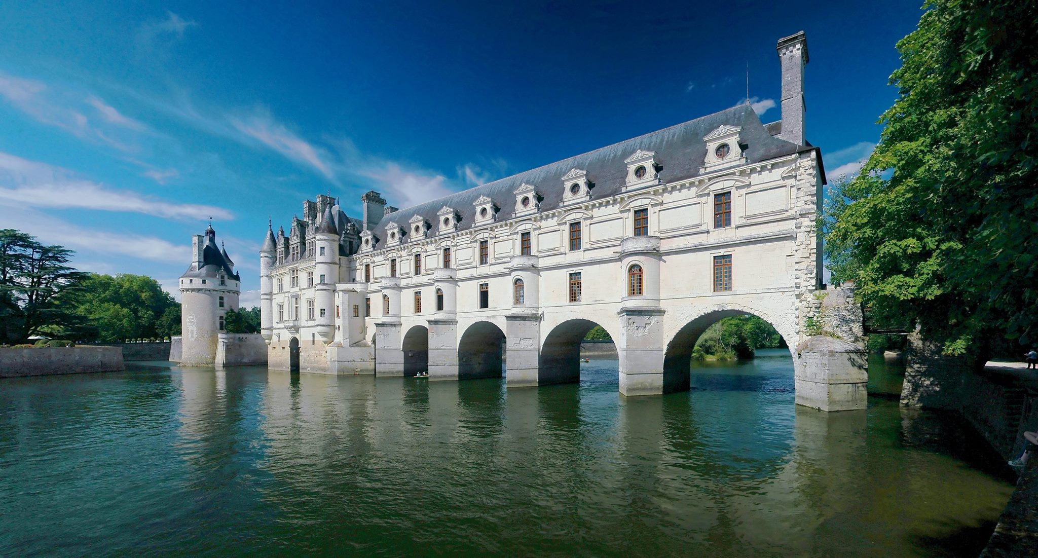 Chenonceau © Ra-smit [GFDL (http-::www.gnu.org:copyleft:fdl.html)], via Wikimedia Commons