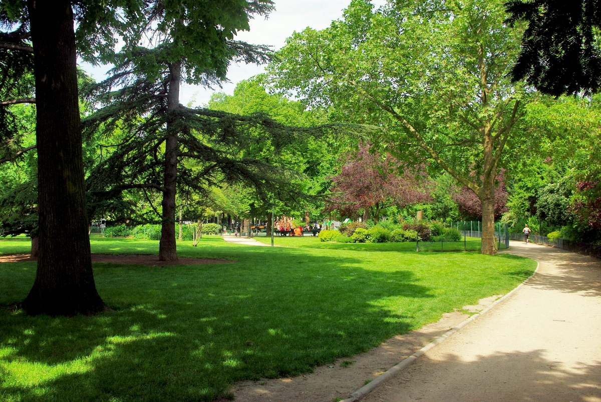 Parks and Gardens of Paris: Jardins du Ranelagh © French Moments