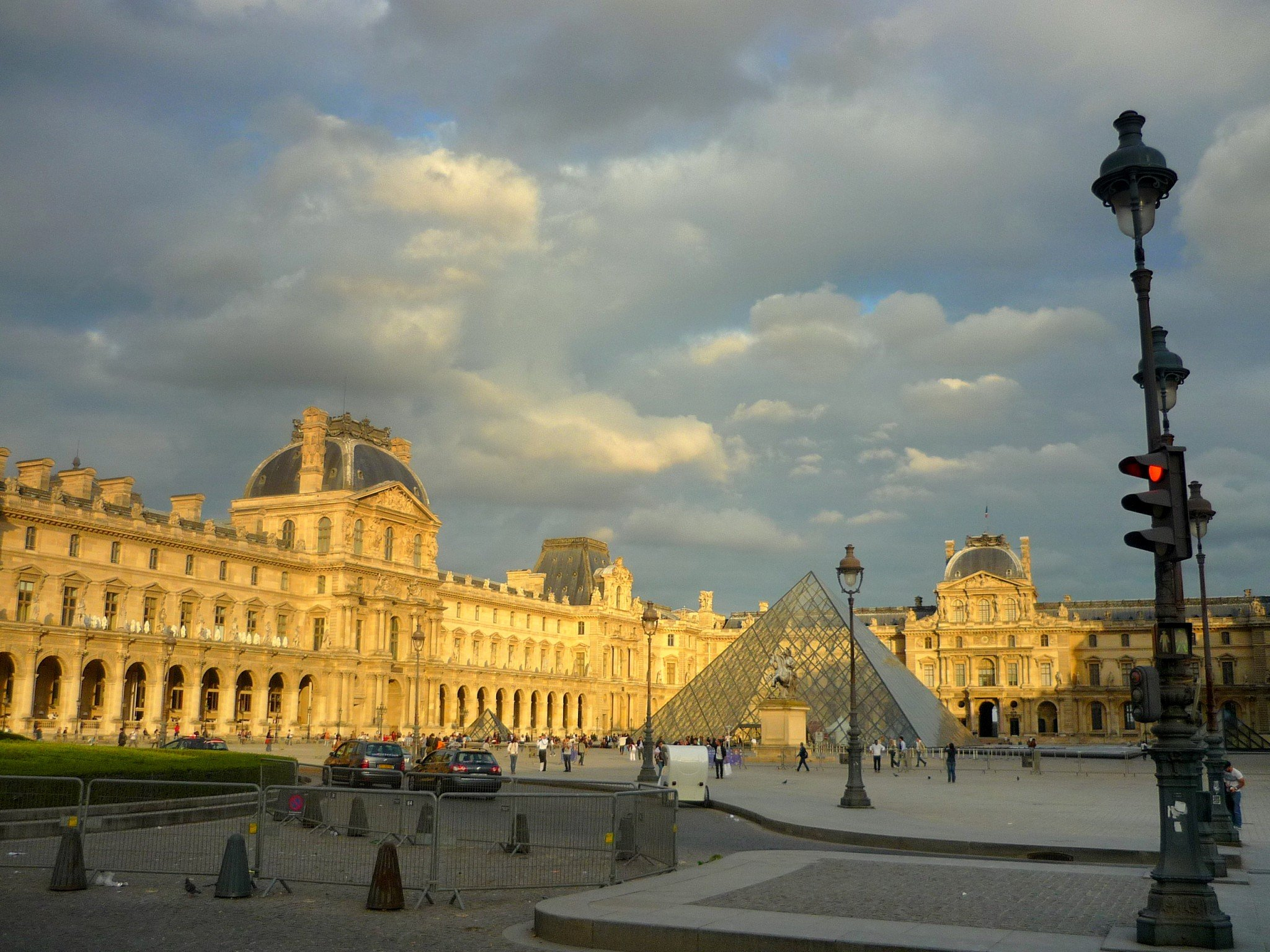 top 10 most visited museums in france french moments