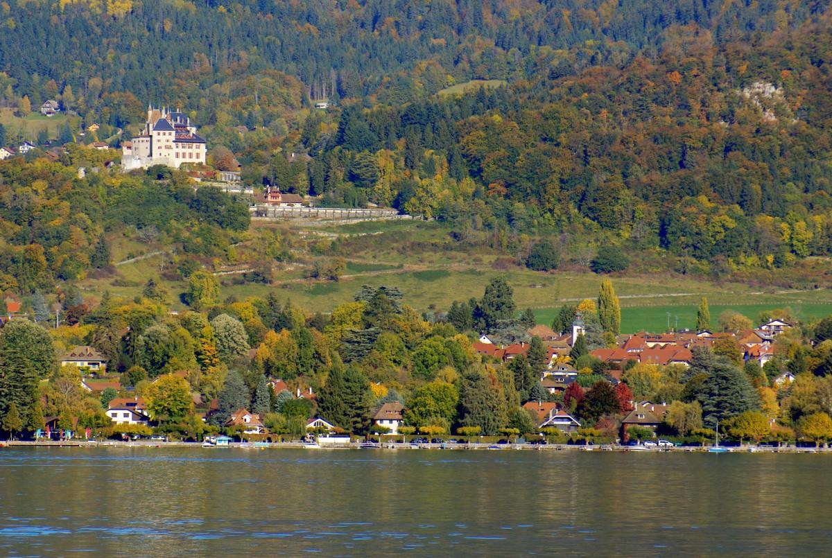 Menthon-Saint-Bernard, Lake Annecy © French Moments