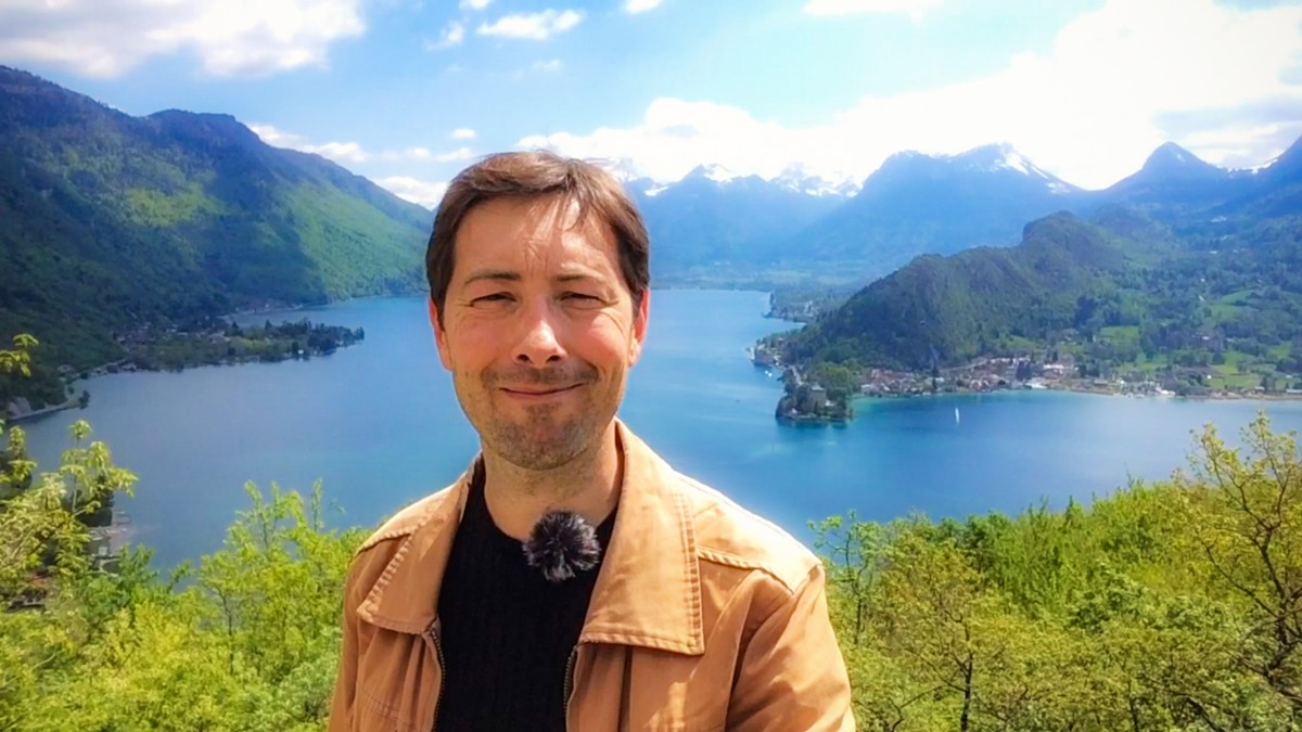 Pierre and Lake Annecy © French Moments