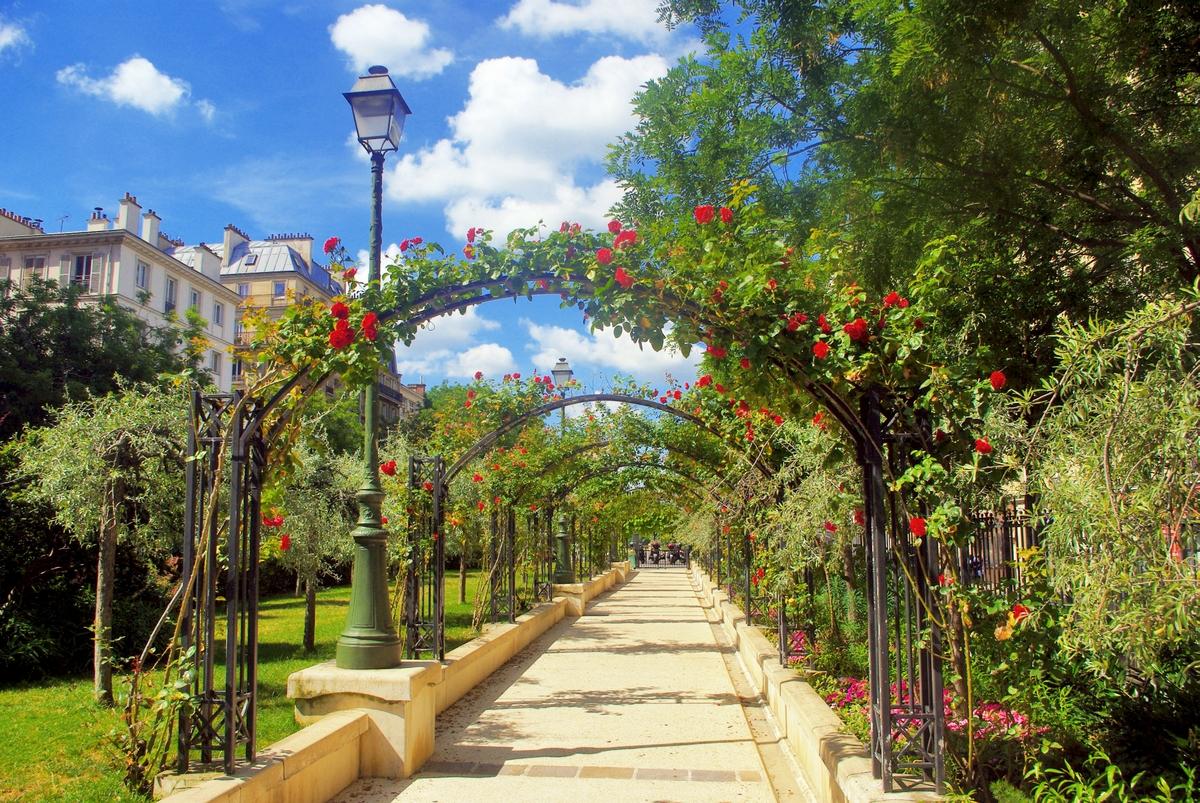 Parks and Gardens of Paris: Promenade Péreire © French Moments