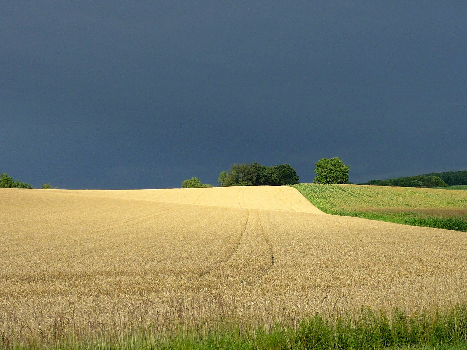 Summer storm in Alsace © French Moments