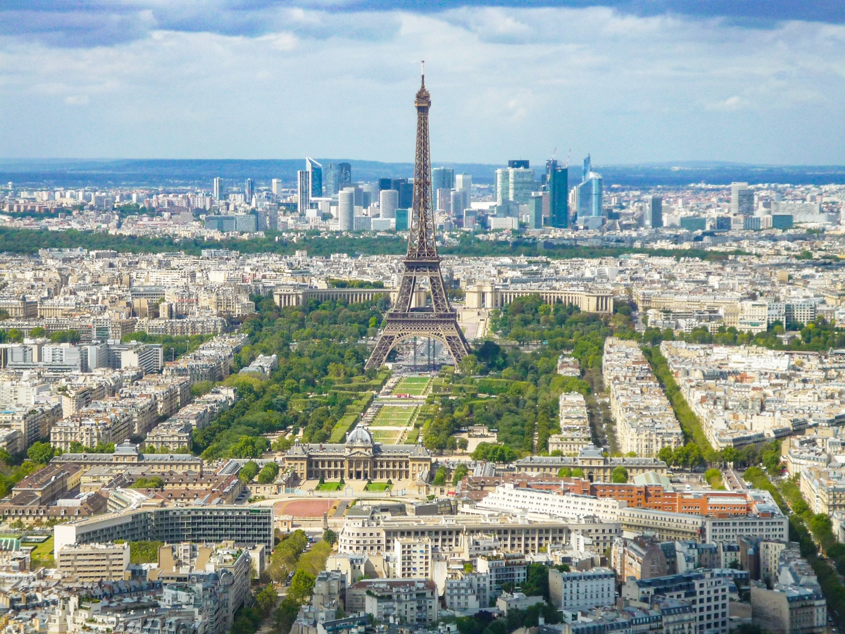 Eiffel Tower from Tour Montparnasse © French Moments