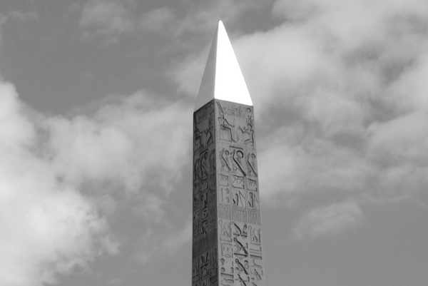The obelisk's pyramidion, Paris © French Moments