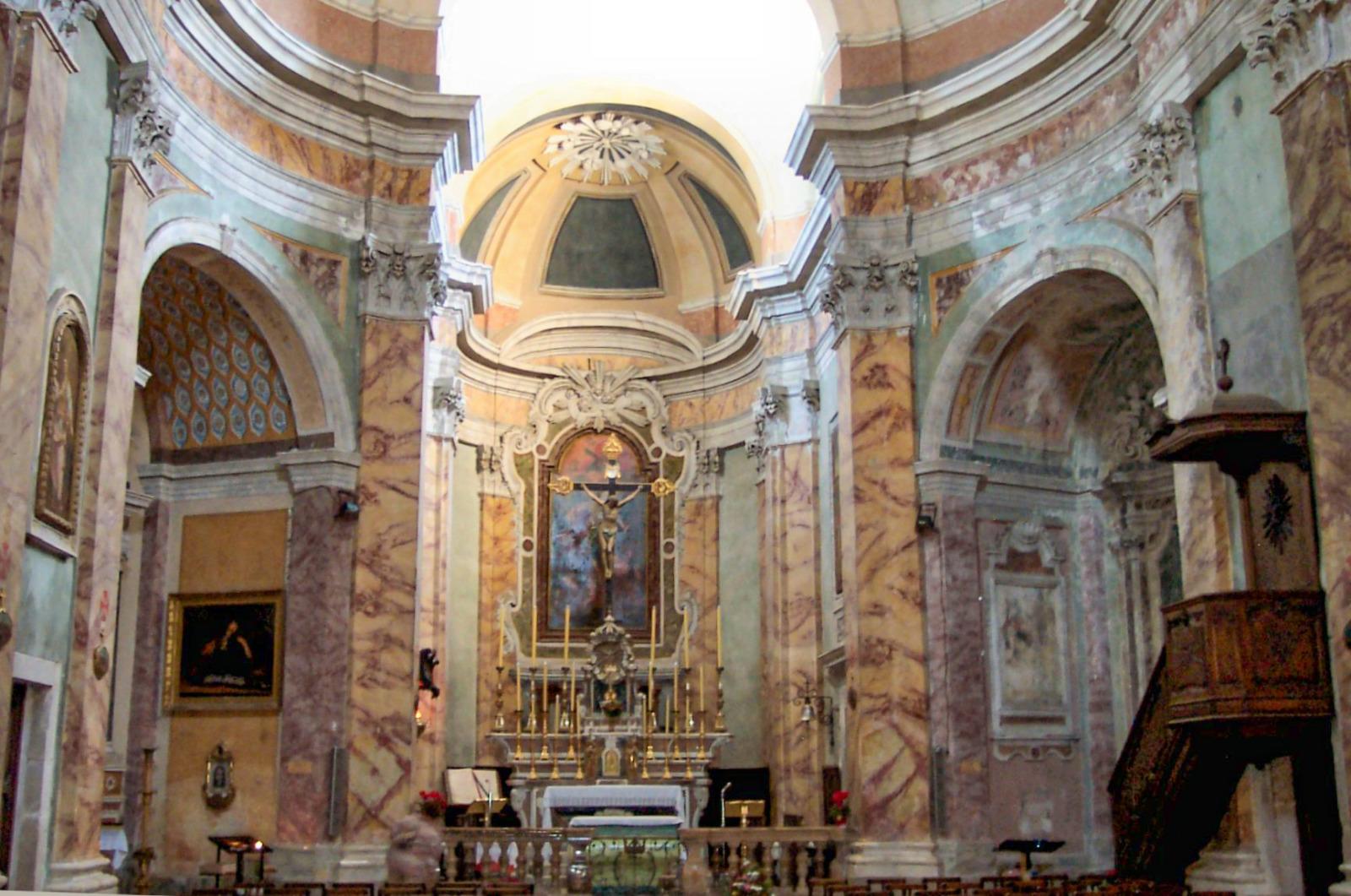The choir of Saint-Michel church. Photo Patrice Semeria (Public Domain)